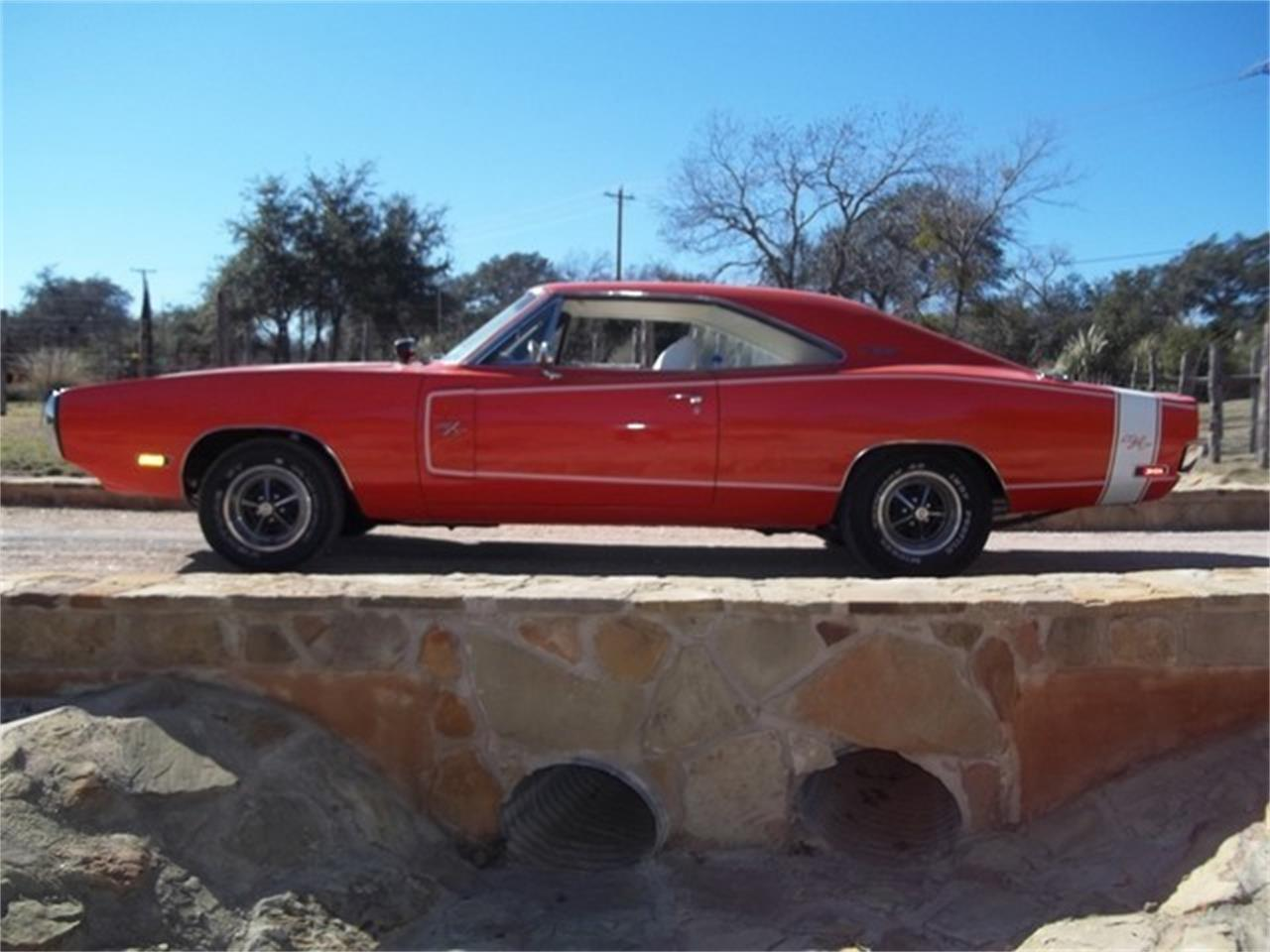 Large Picture of Classic '70 Dodge Charger Offered by TX Collector Classic Cars - ET9J