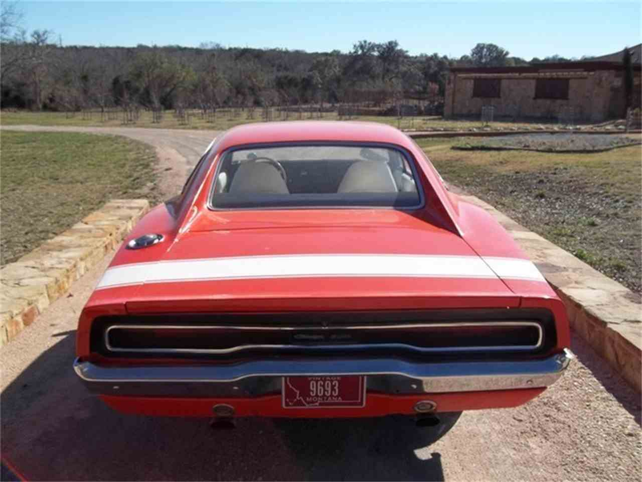 Large Picture of '70 Charger - ET9J