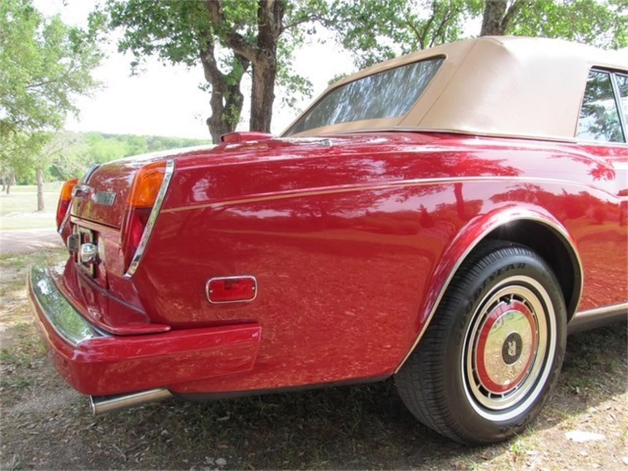 Large Picture of '91 Rolls-Royce Corniche III located in Liberty Hill Texas - $75,000.00 - ET9T