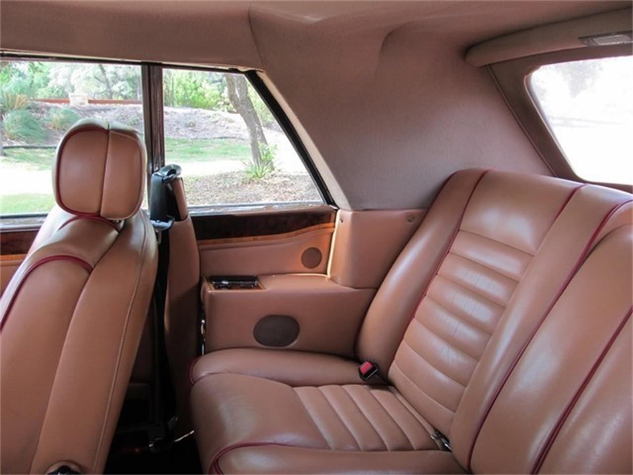 Large Picture of '91 Rolls-Royce Corniche III located in Texas - ET9T