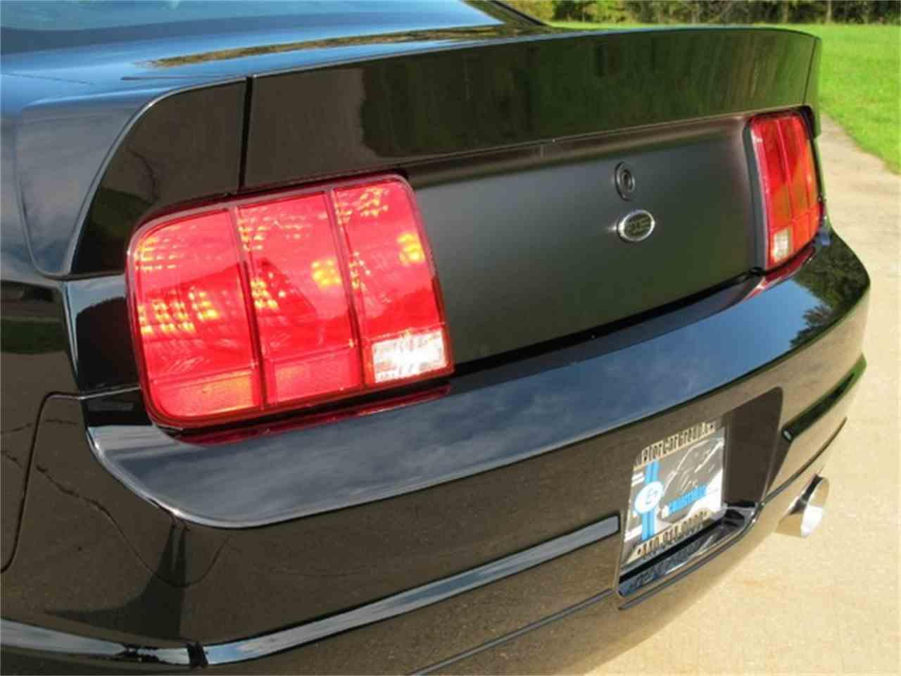 Large Picture of 2006 Ford Mustang - ETC2