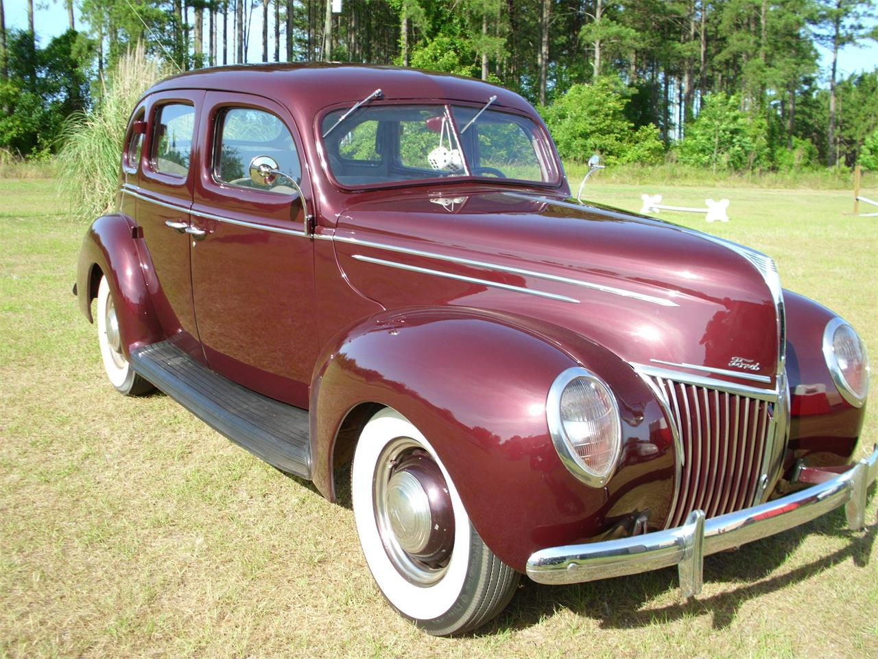 Large Picture of Classic '39 Ford Fordor Deluxe Offered by a Private Seller - ETZZ