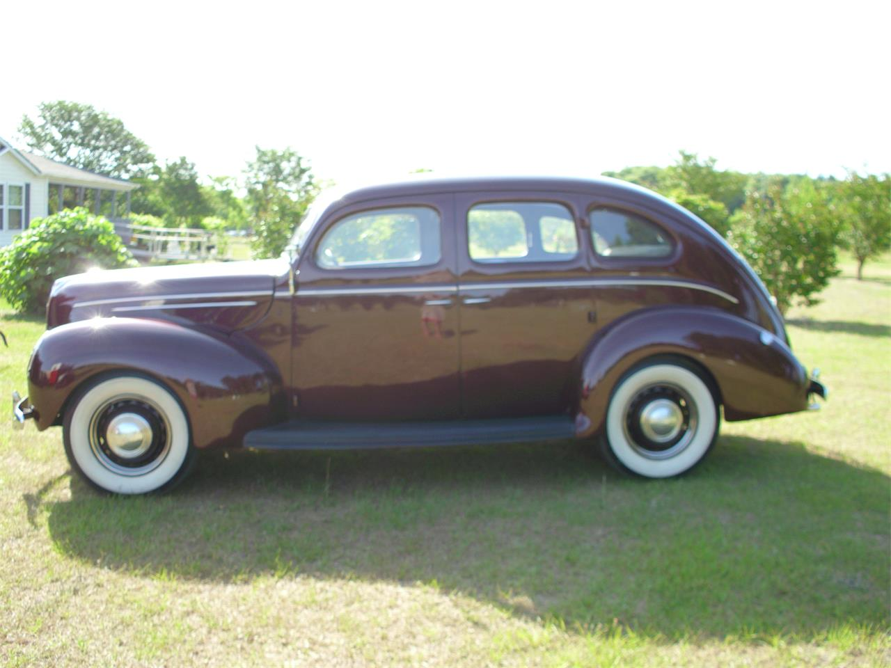 Large Picture of Classic 1939 Ford Fordor Deluxe Offered by a Private Seller - ETZZ