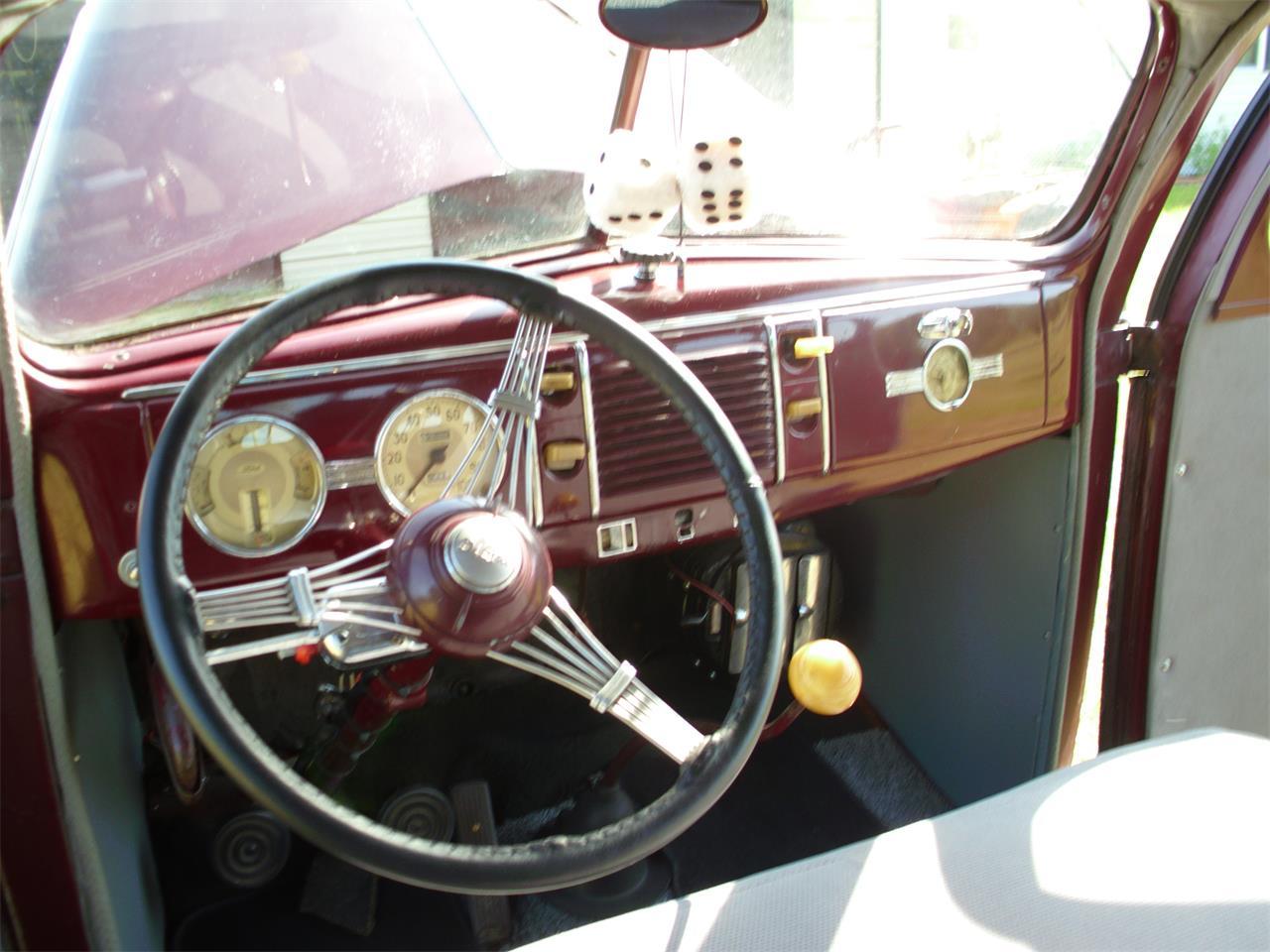 Large Picture of Classic '39 Fordor Deluxe located in Oak Park Georgia - ETZZ