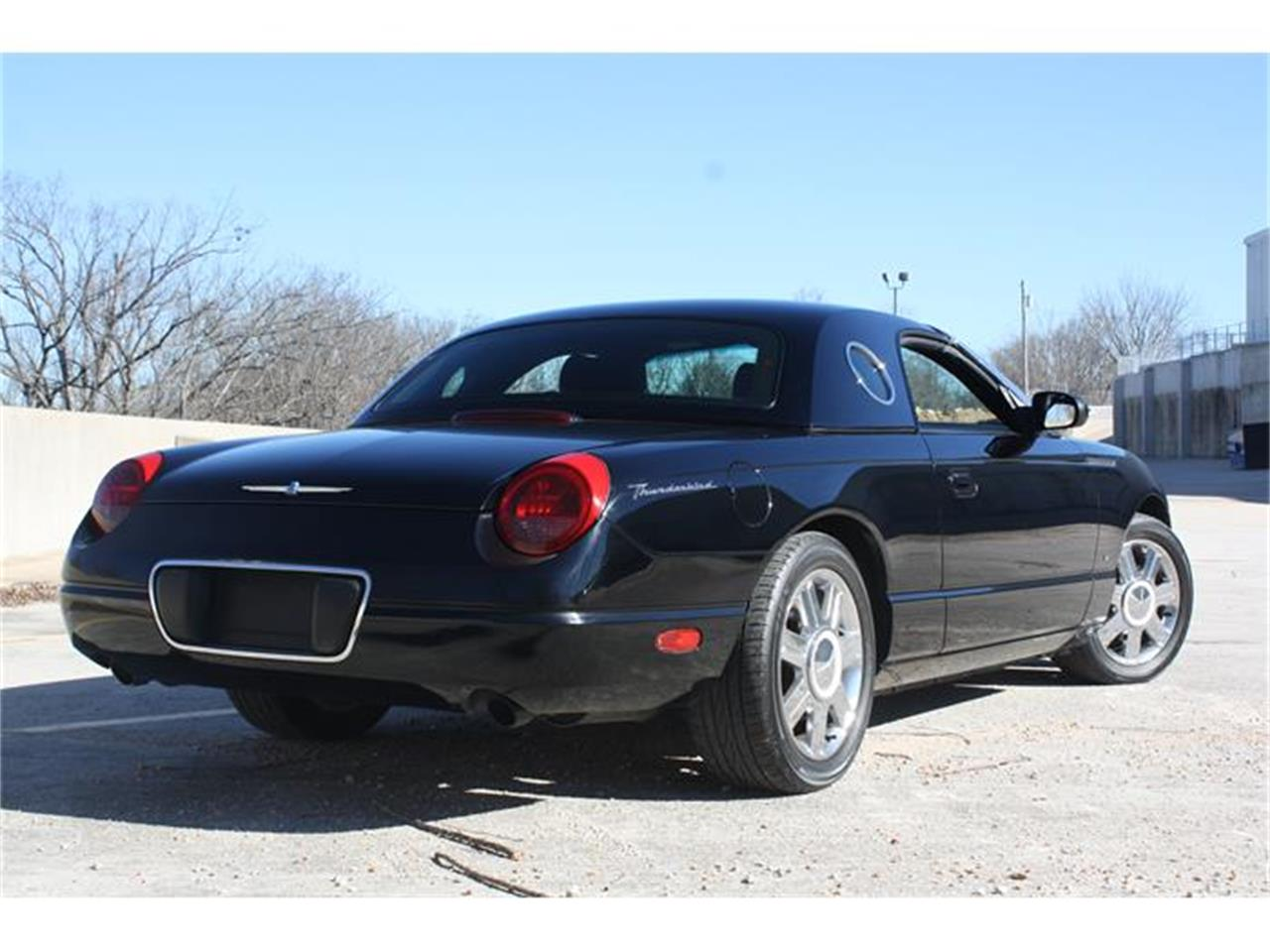 Large Picture of '04 Ford Thunderbird Offered by Branson Auto & Farm Museum - EU0K