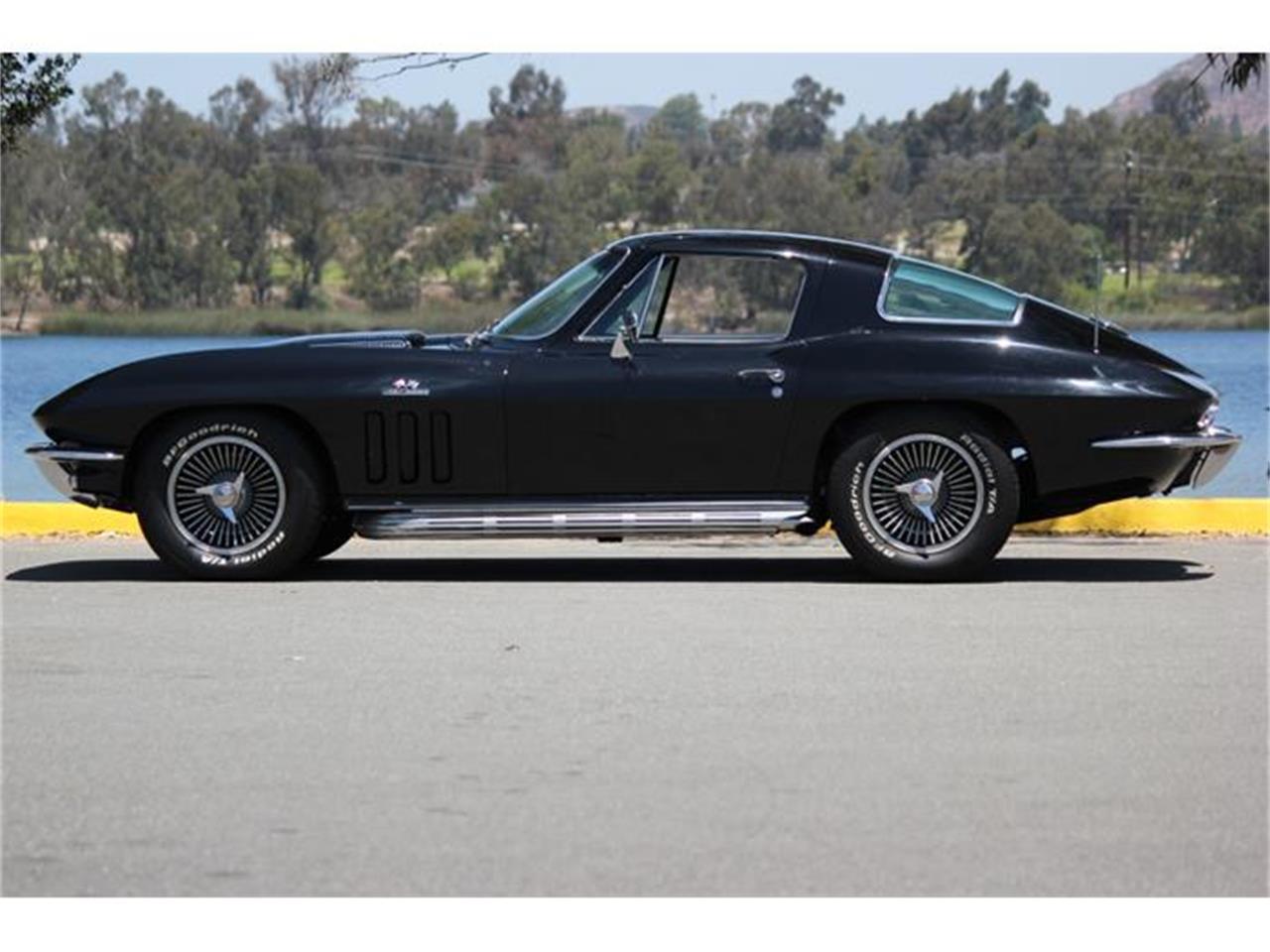 Large Picture of Classic '66 Chevrolet Corvette - $110,000.00 - EU77