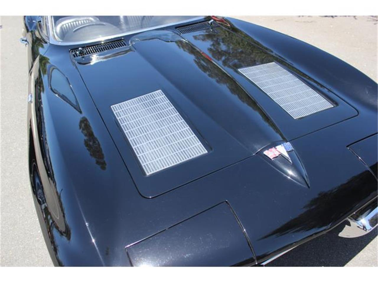 Large Picture of Classic '66 Chevrolet Corvette located in San Diego California - $110,000.00 - EU77