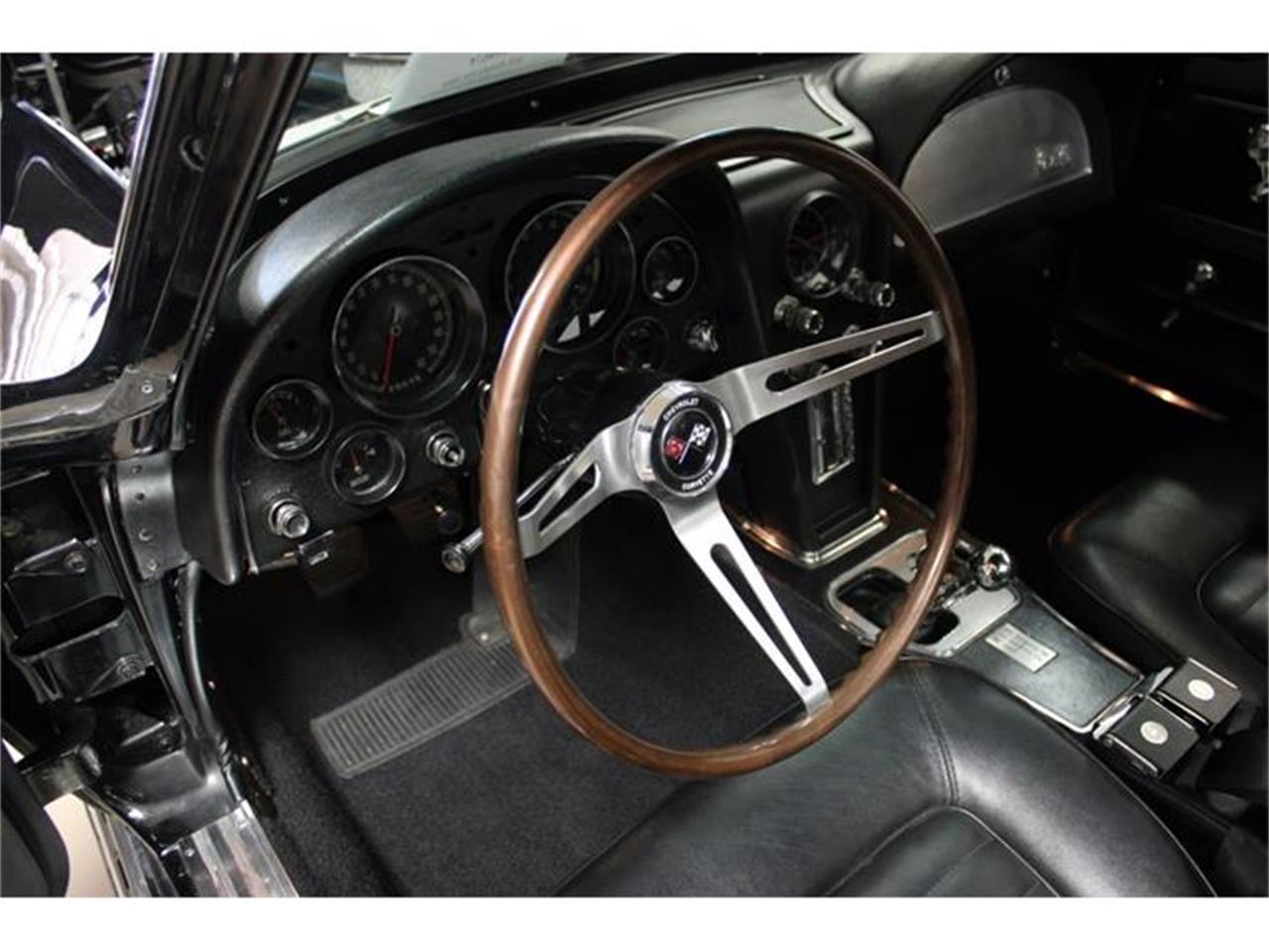 Large Picture of Classic '66 Chevrolet Corvette located in San Diego California - EU77