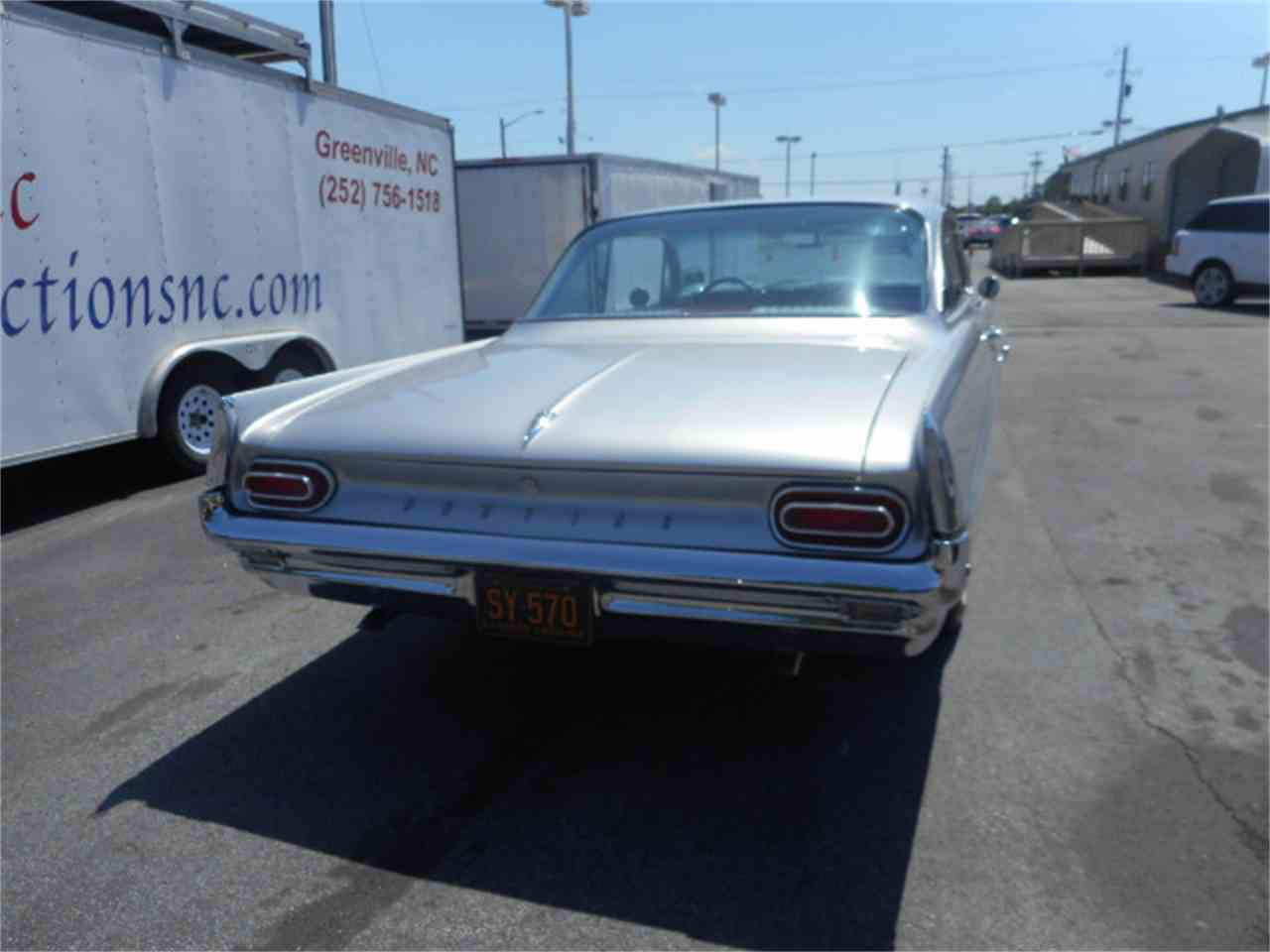 Large Picture of '61 Catalina - ESLT