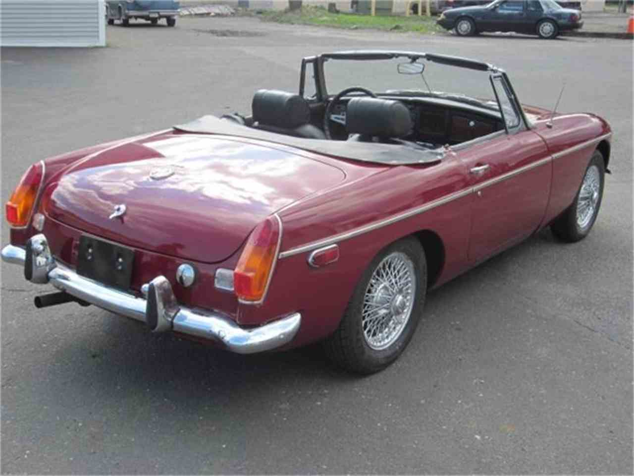 Large Picture of '73 MG MGB located in Connecticut - $13,900.00 - EUY2