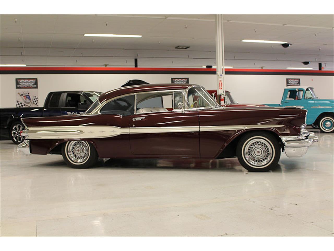 Large Picture of 1957 Pontiac Chieftain located in California - ESOB
