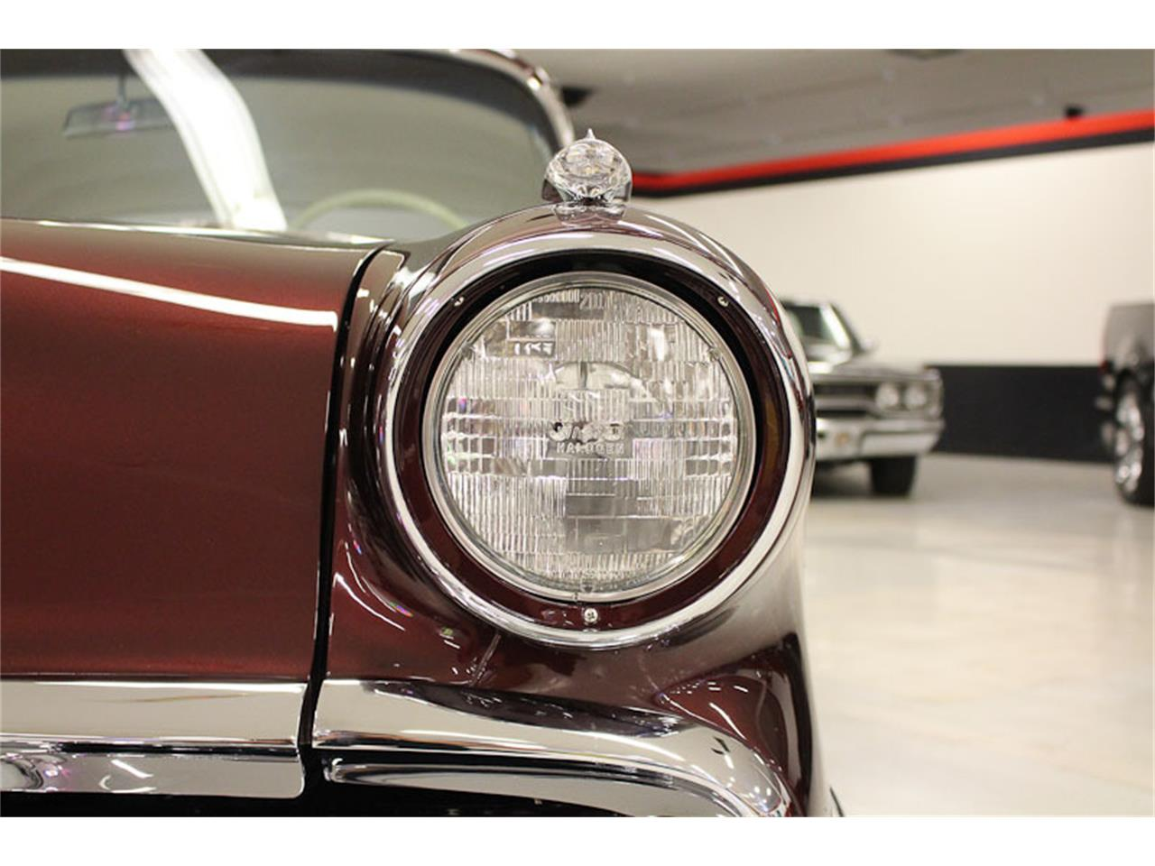 Large Picture of Classic 1957 Chieftain - ESOB