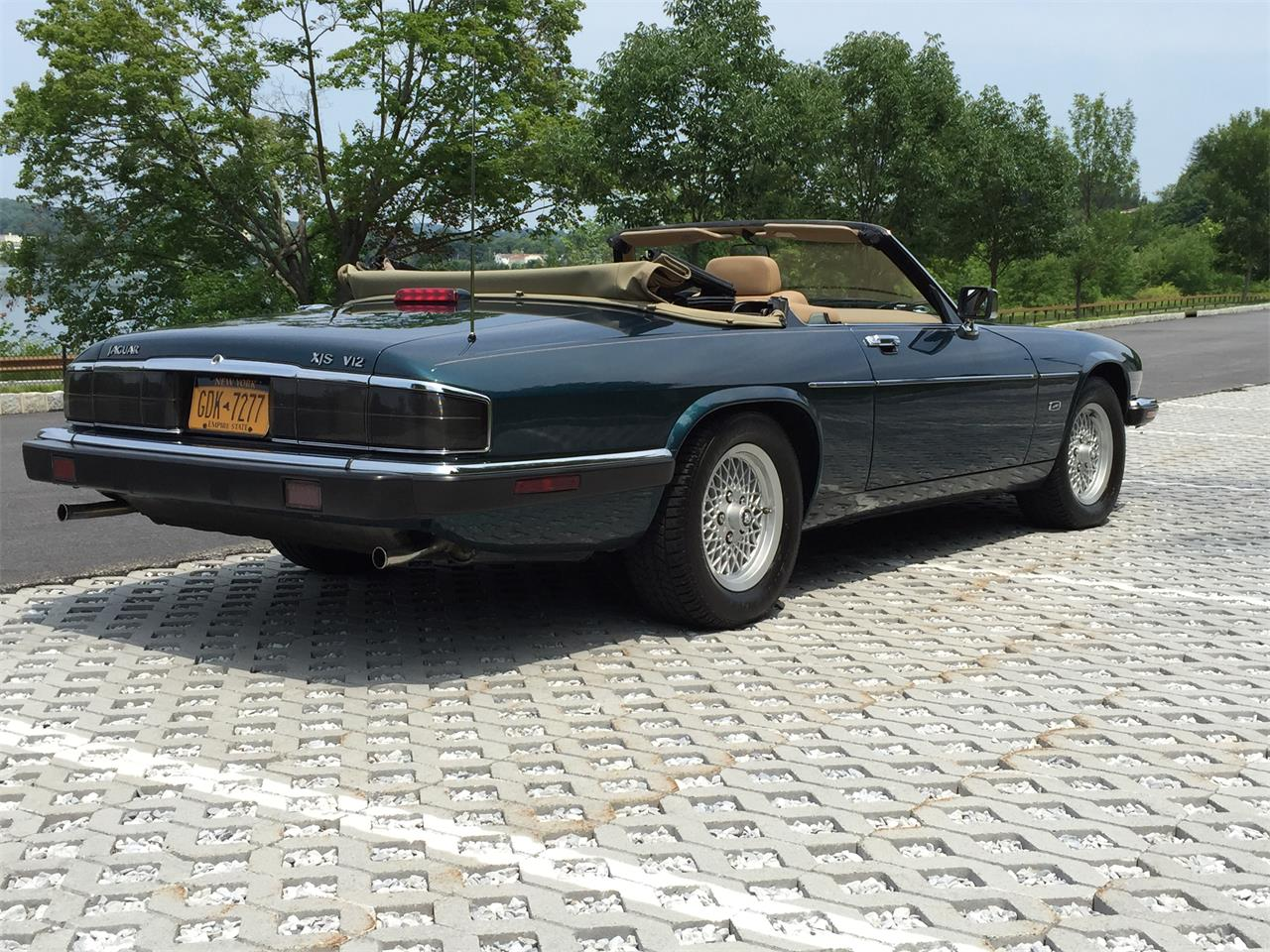 Large Picture of 1992 Jaguar XJS Offered by a Private Seller - EVKT