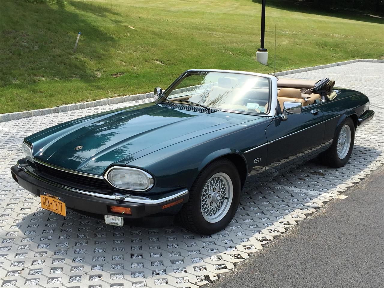 Large Picture of '92 XJS located in New York - $12,000.00 Offered by a Private Seller - EVKT
