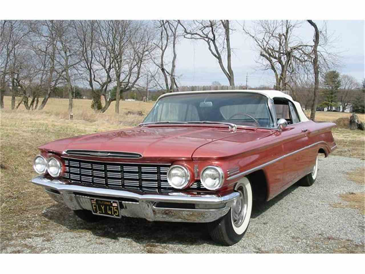 Large Picture of '60 Oldsmobile Dynamic 88 Offered by Champion Pre-Owned Classics - EWOB