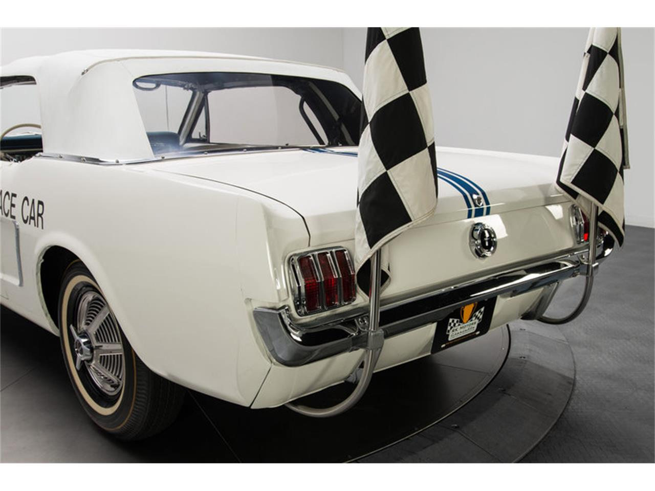 Large Picture of Classic '64 Mustang - EXI4