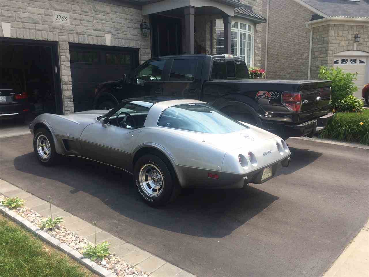 Large Picture of '78 Corvette - EXQO