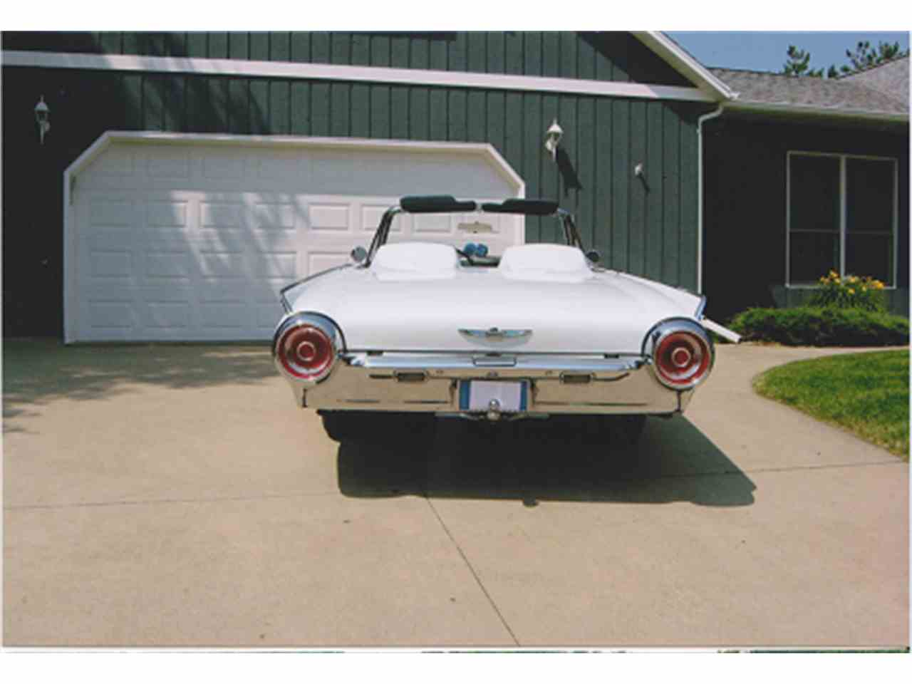Large Picture of '62 Thunderbird - EXX3