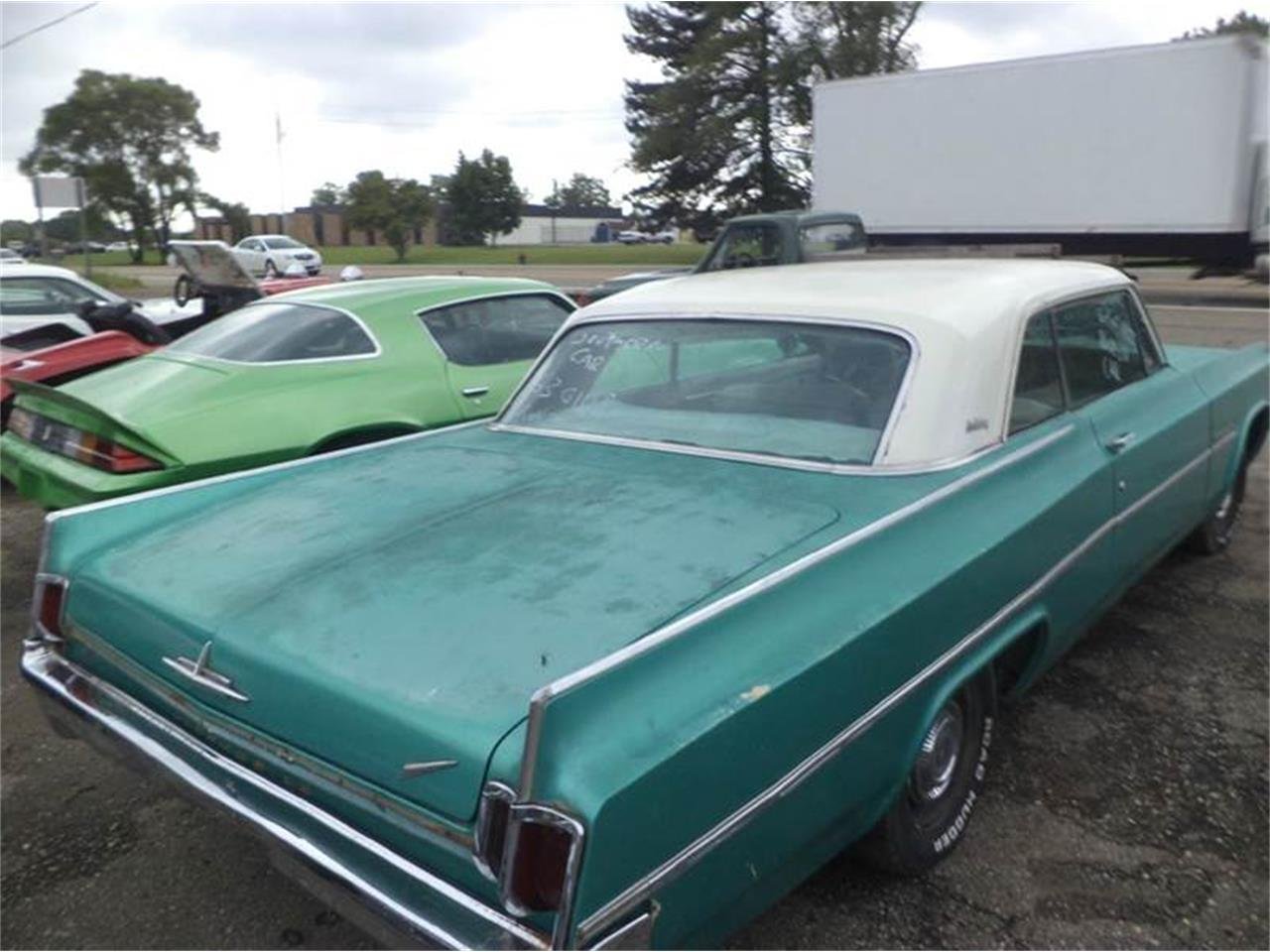 Large Picture of Classic '63 Oldsmobile 88 - EY47