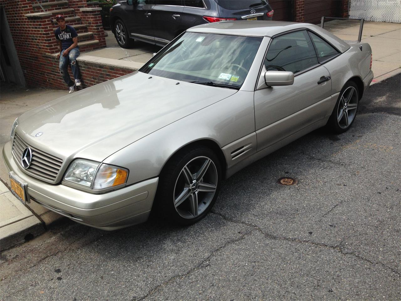 Large Picture of 1998 SL500 located in New York - EYIB