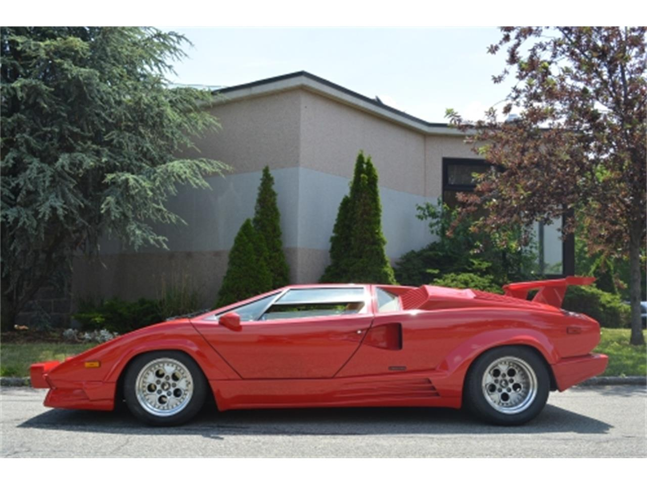 Large Picture of '89 Lamborghini Countach located in New York - EYKT