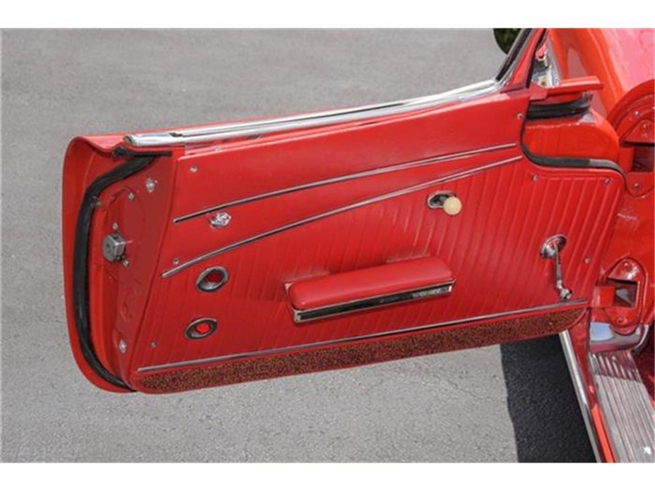 Large Picture of Classic 1962 Corvette located in Miami Florida - EYPB