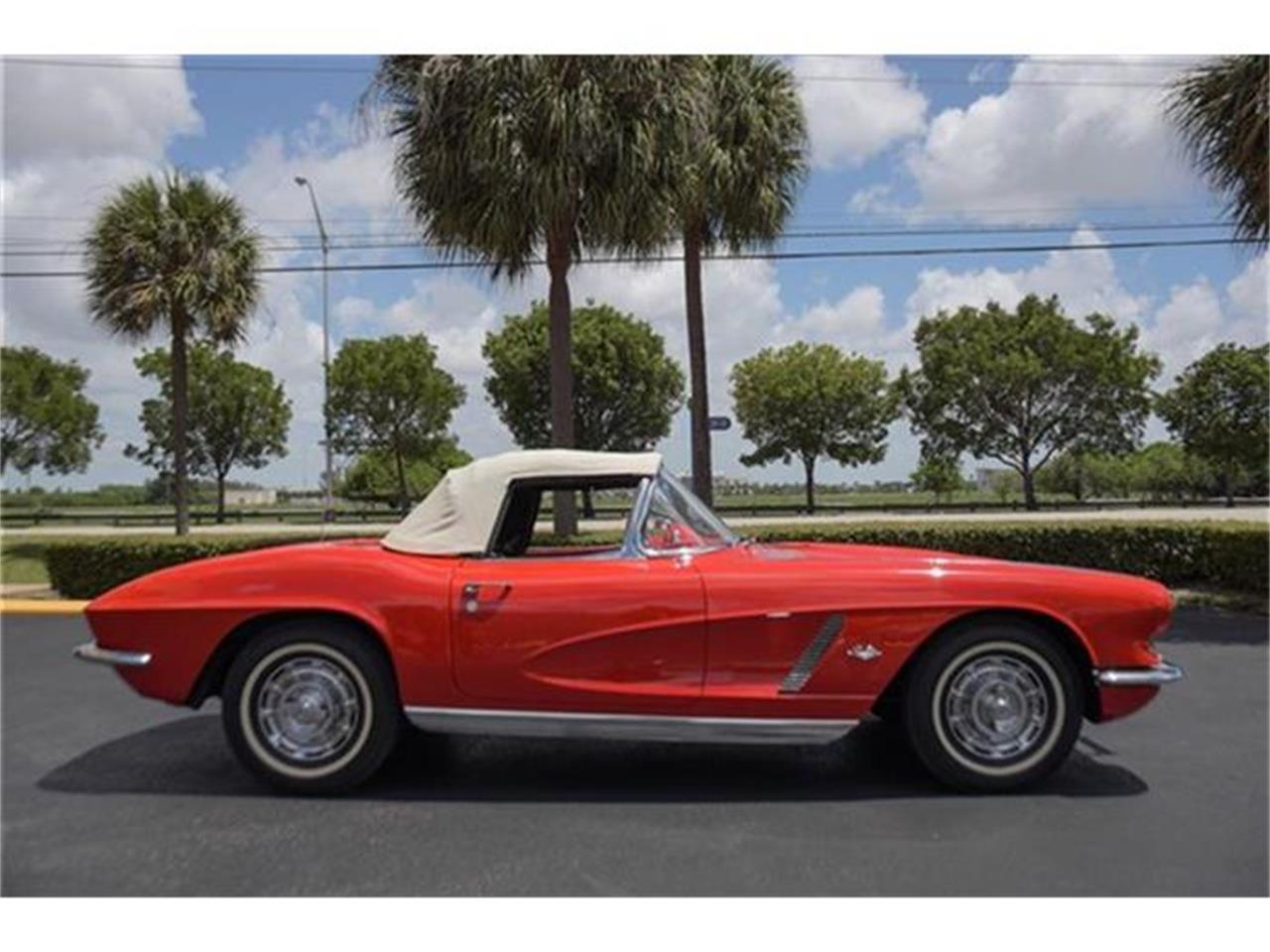 Large Picture of 1962 Chevrolet Corvette located in Miami Florida - EYPB