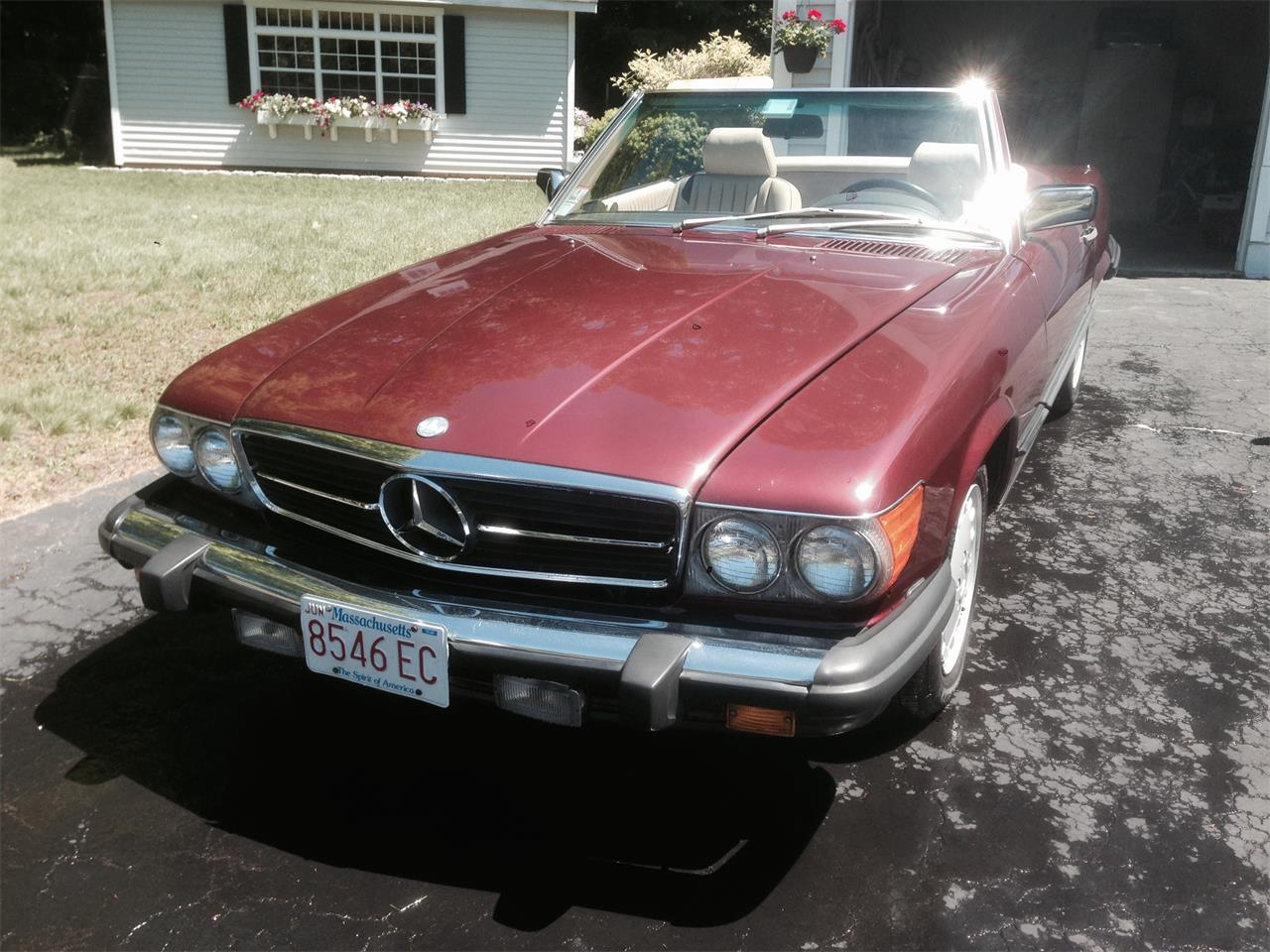Large Picture of 1988 560SL located in Massachusetts - $12,500.00 - F12H