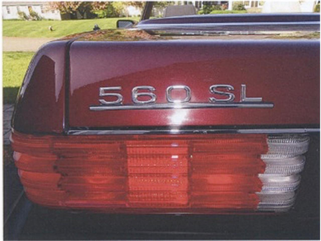 Large Picture of '88 Mercedes-Benz 560SL located in Newburyport Massachusetts - $12,500.00 Offered by a Private Seller - F12H