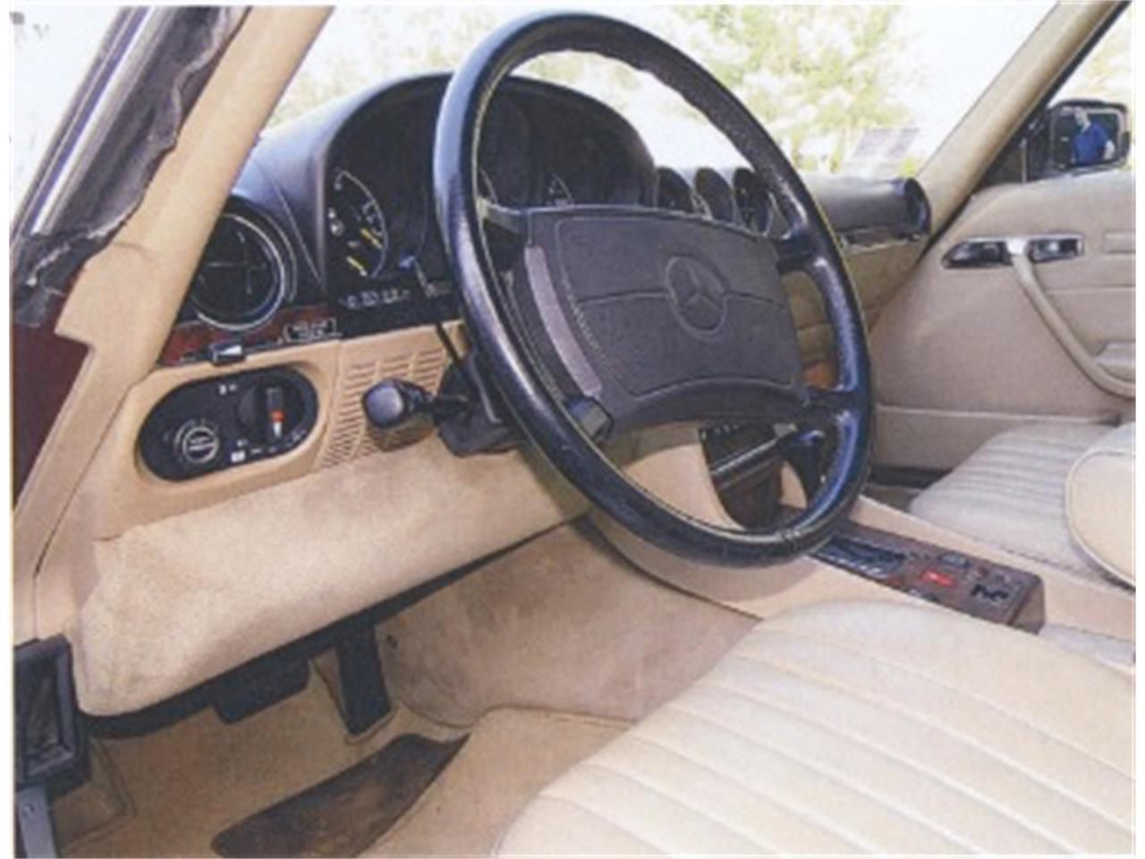 Large Picture of 1988 Mercedes-Benz 560SL located in Newburyport Massachusetts Offered by a Private Seller - F12H