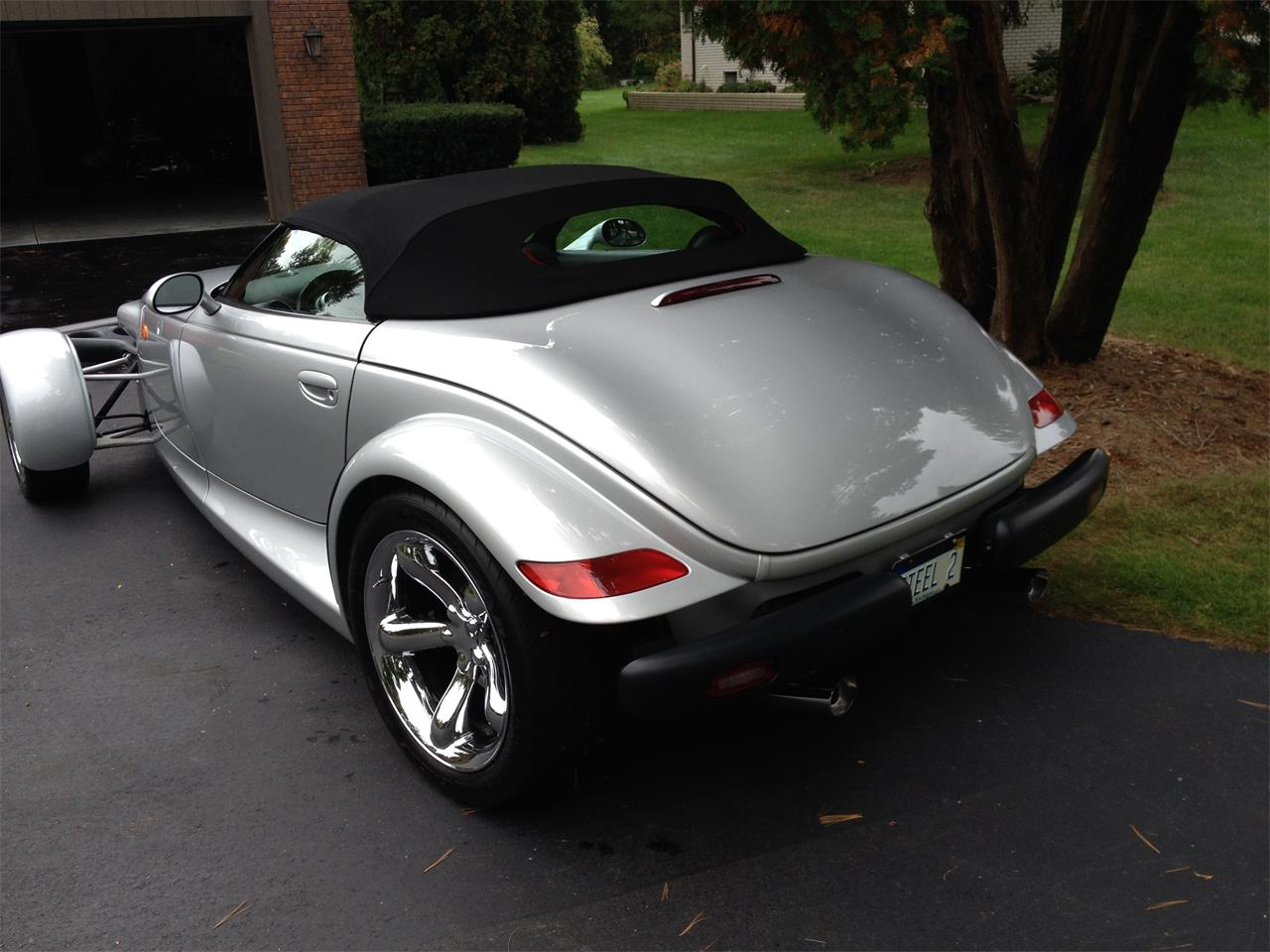 Large Picture of 2000 Plymouth Prowler located in Michigan - $31,900.00 Offered by a Private Seller - F0A7