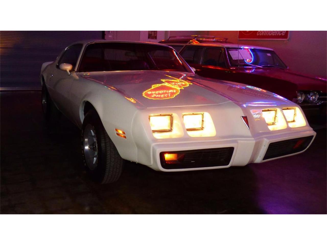 Large Picture of '79 Pontiac Firebird - F2EV