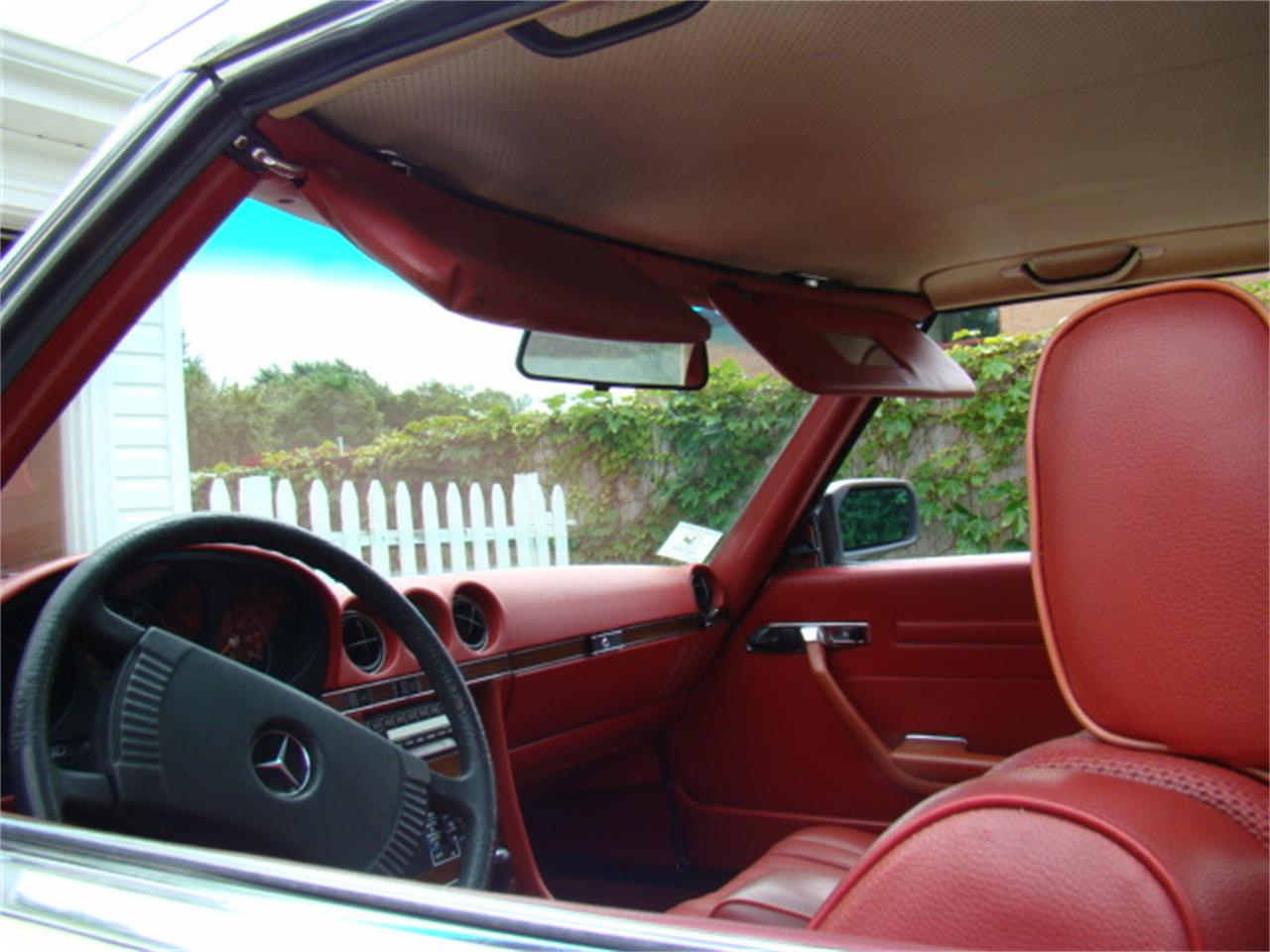 Large Picture of 1978 Mercedes-Benz 450SL located in Deerfield Illinois - $16,990.00 Offered by a Private Seller - F3LR