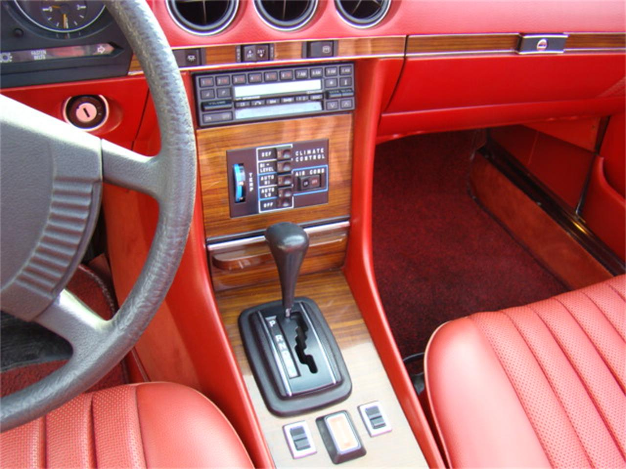 Large Picture of 1978 Mercedes-Benz 450SL located in Deerfield Illinois - F3LR