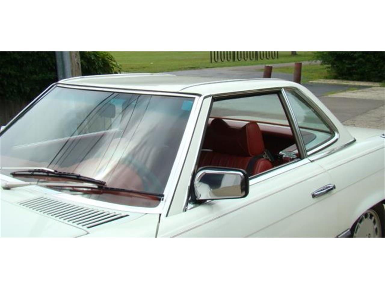 Large Picture of 1978 450SL located in Deerfield Illinois - $14,990.00 - F3LR