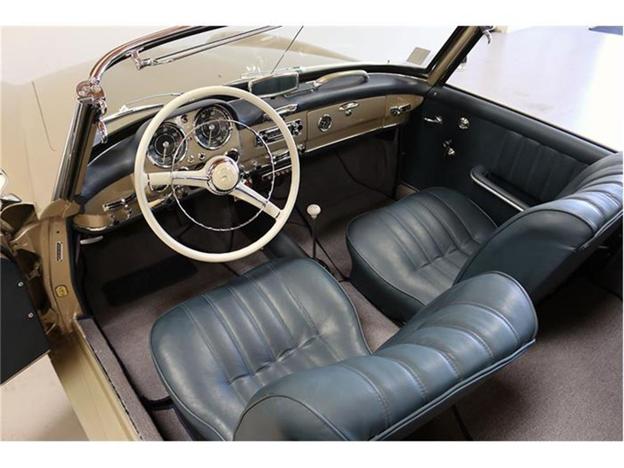 Large Picture of 1958 Mercedes-Benz 190SL located in Fallbrook California - F45J