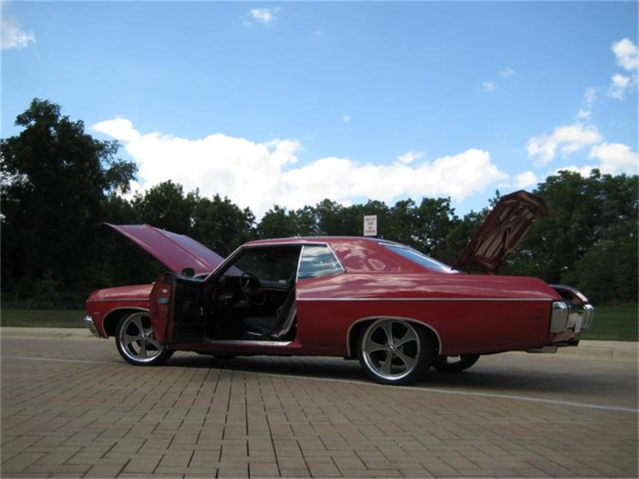 Large Picture of Classic '70 Impala Offered by Classic Auto Haus - F45R