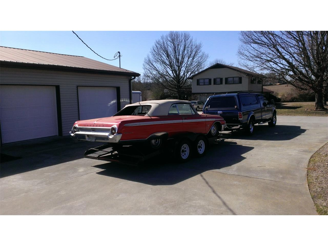 Large Picture of '62 Ford Sunliner - $13,500.00 Offered by a Private Seller - F46R
