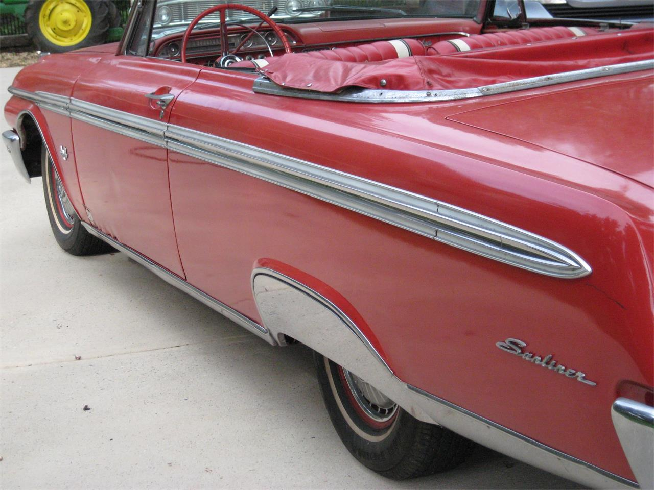 Large Picture of '62 Ford Sunliner located in Cumming Georgia - $13,500.00 Offered by a Private Seller - F46R