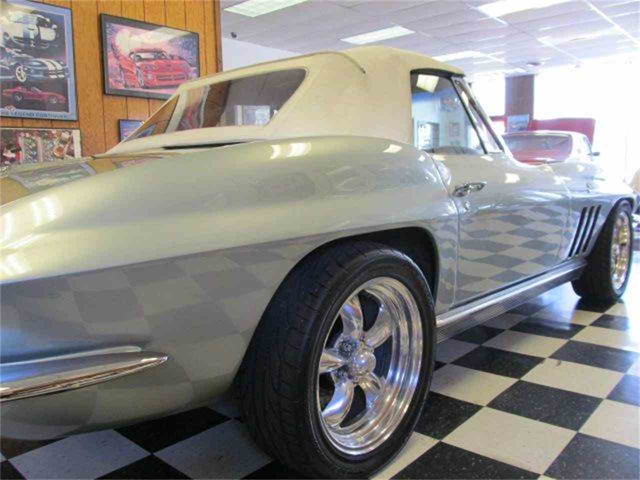 Large Picture of '66 Corvette - F4AU