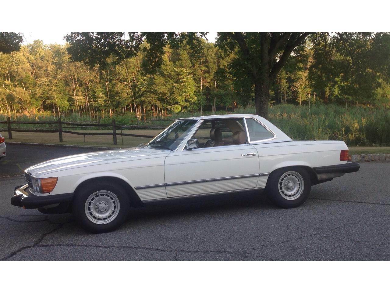 Large Picture of '84 Mercedes-Benz 380SL - $15,995.00 Offered by a Private Seller - F4UW