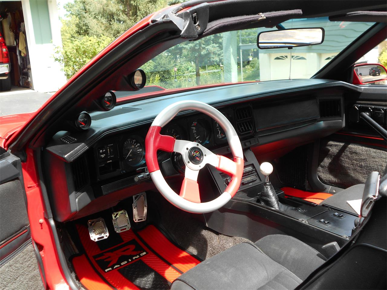 Large Picture of '82 Pontiac Firebird Trans Am located in Wisconsin - $15,500.00 - F5WU