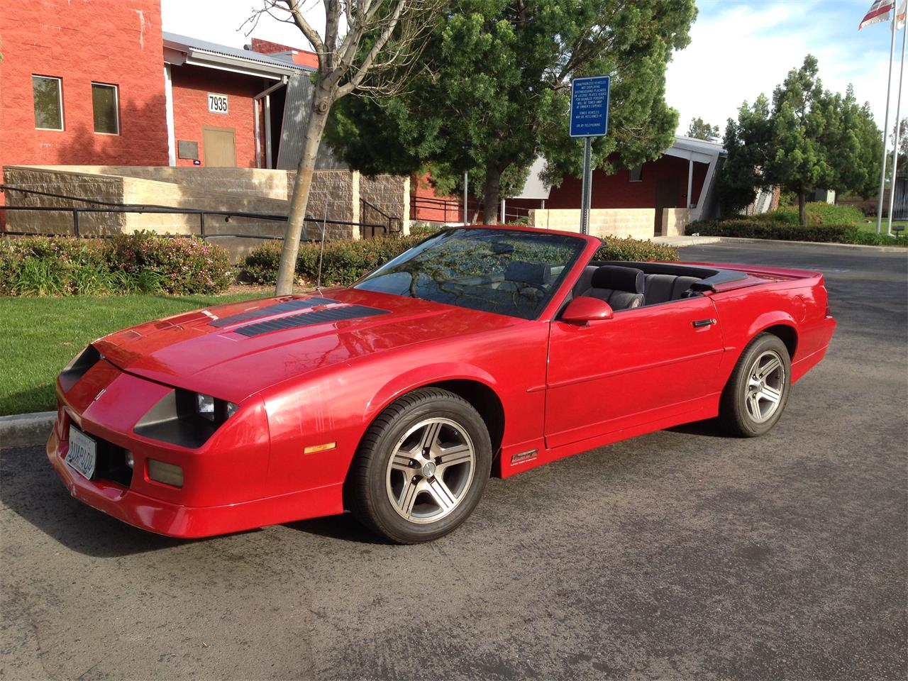 Large Picture of '89 Camaro IROC Z28 - F0RG