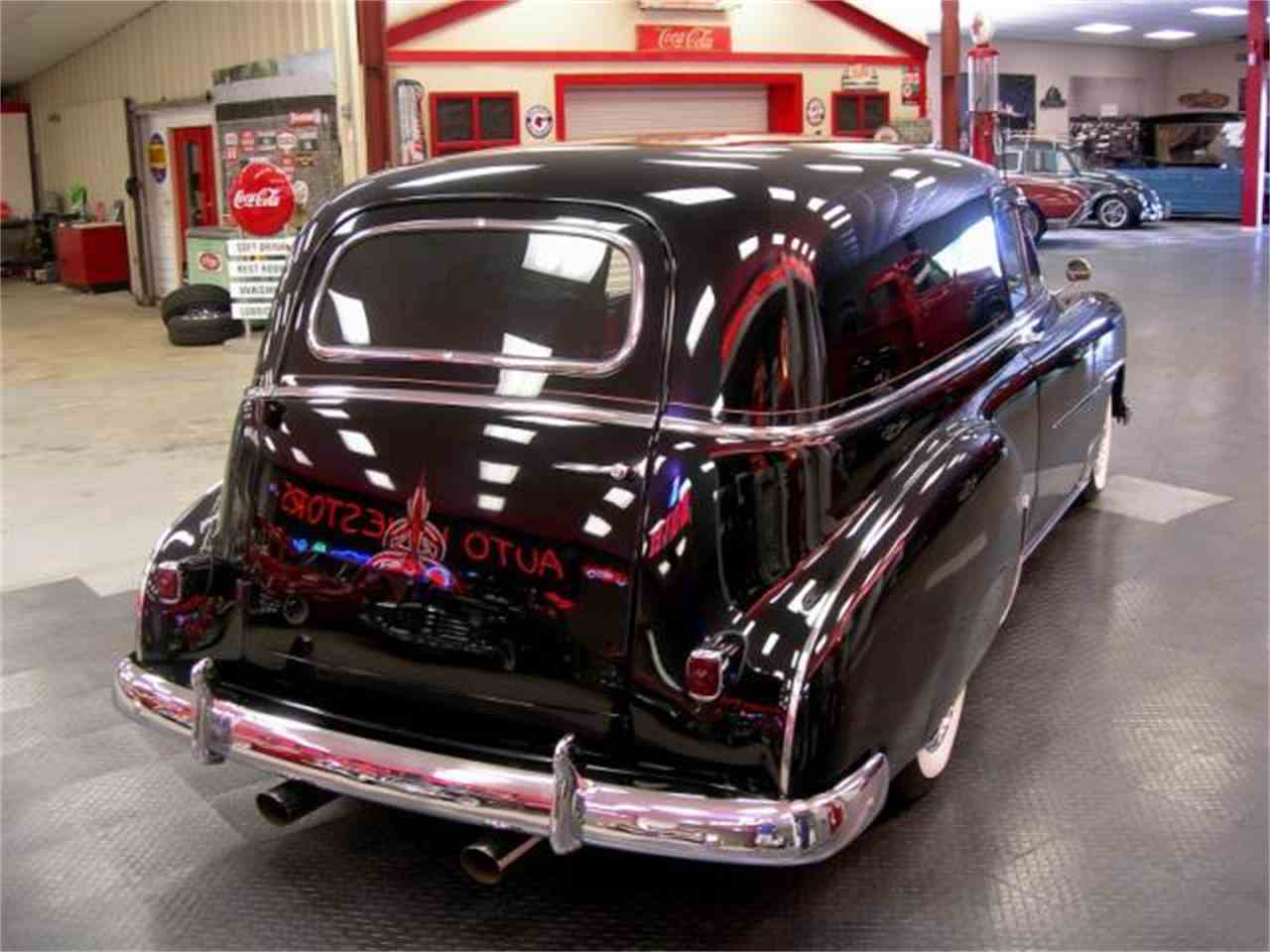 Large Picture of Classic 1952 Sedan Delivery - F0T1