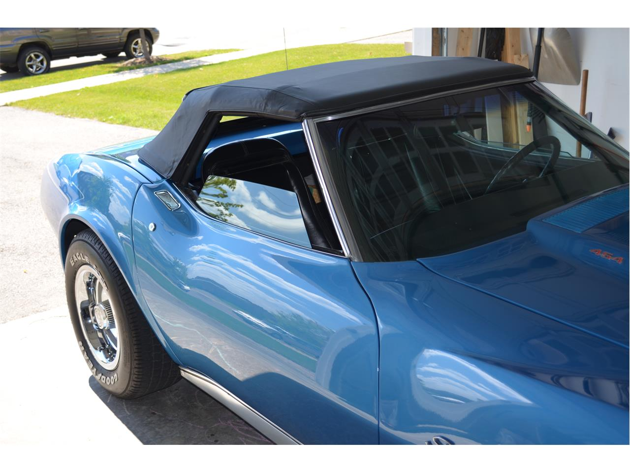 Large Picture of 1974 Chevrolet Corvette located in Ancaster Ontario Offered by a Private Seller - F75E