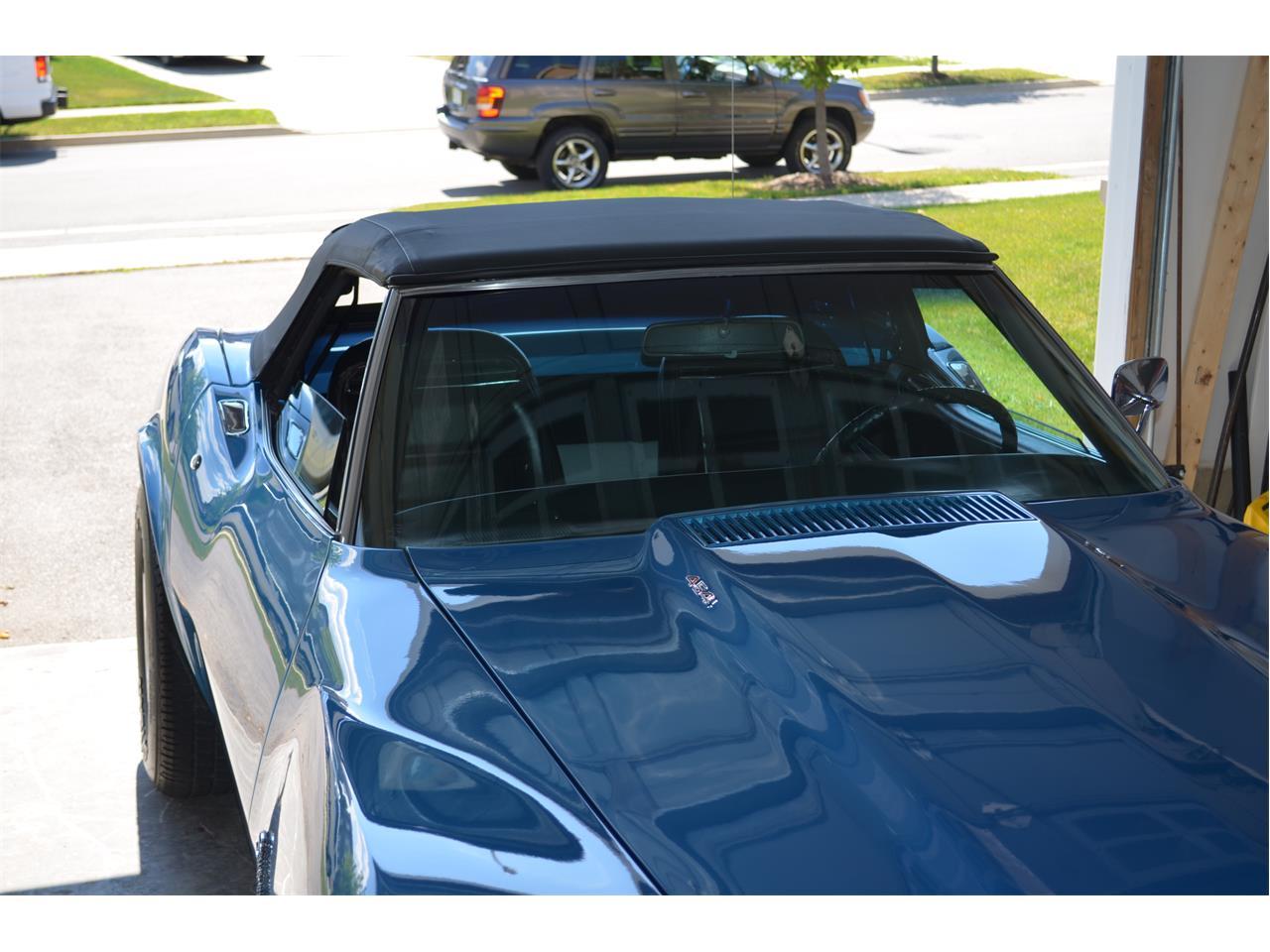 Large Picture of '74 Chevrolet Corvette located in Ontario - F75E