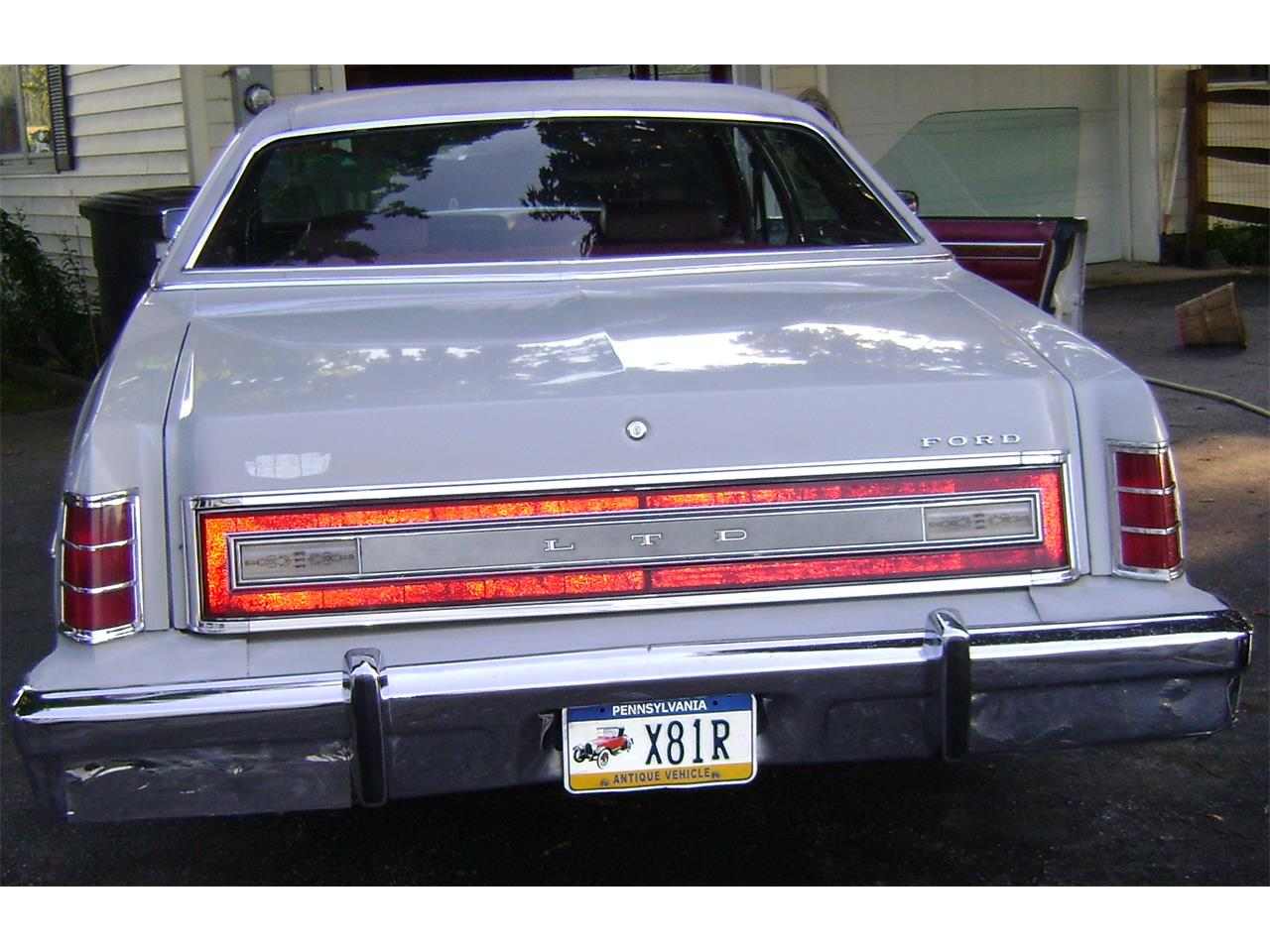 Large Picture of '77 LTD - F923