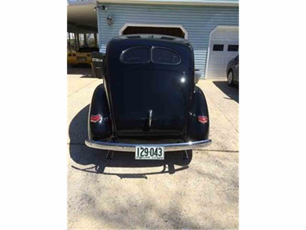 Large Picture of '40 Ford Deluxe Offered by a Private Seller - F83B