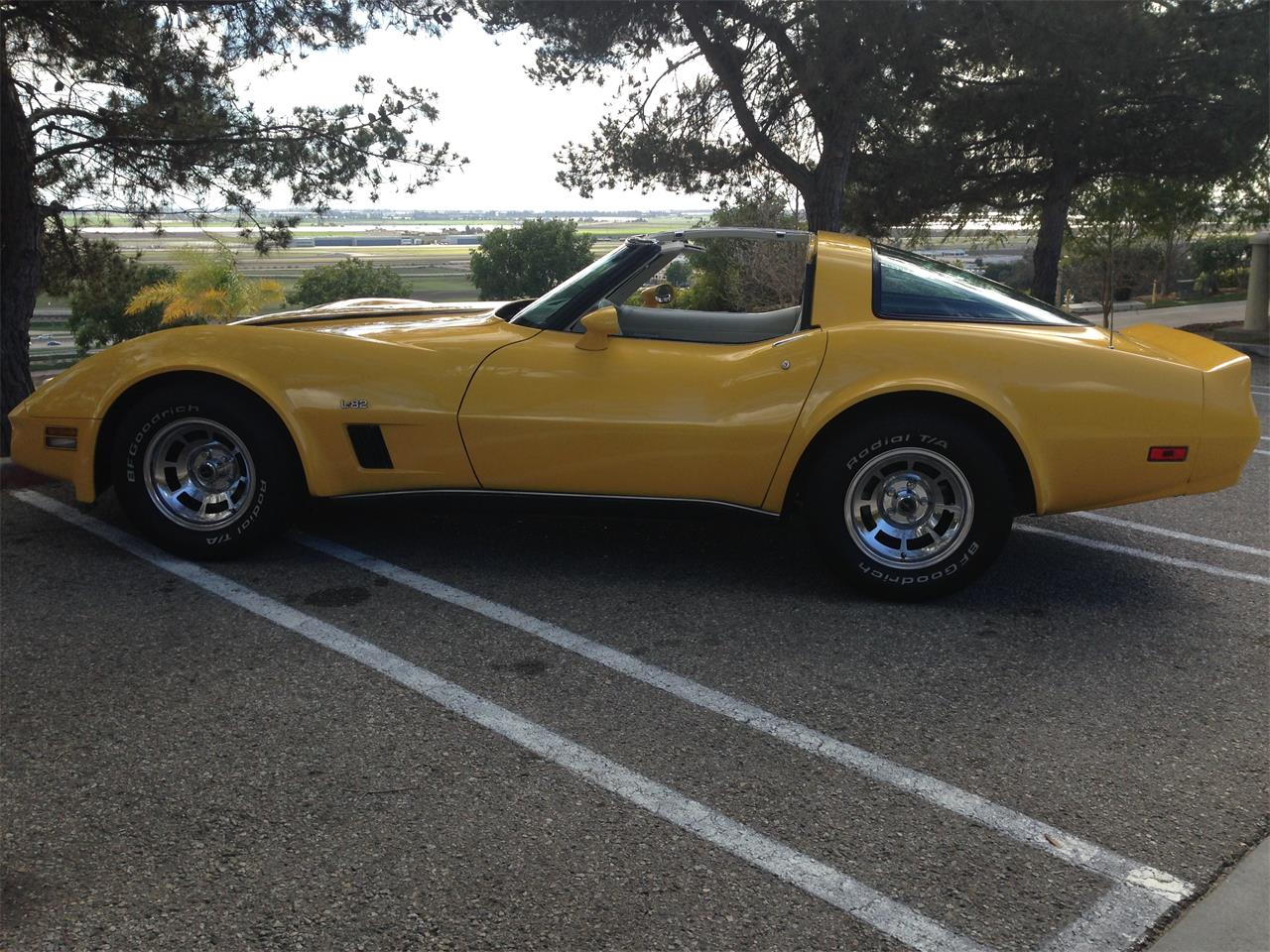 Large Picture of '80 Corvette L82 - FAHG