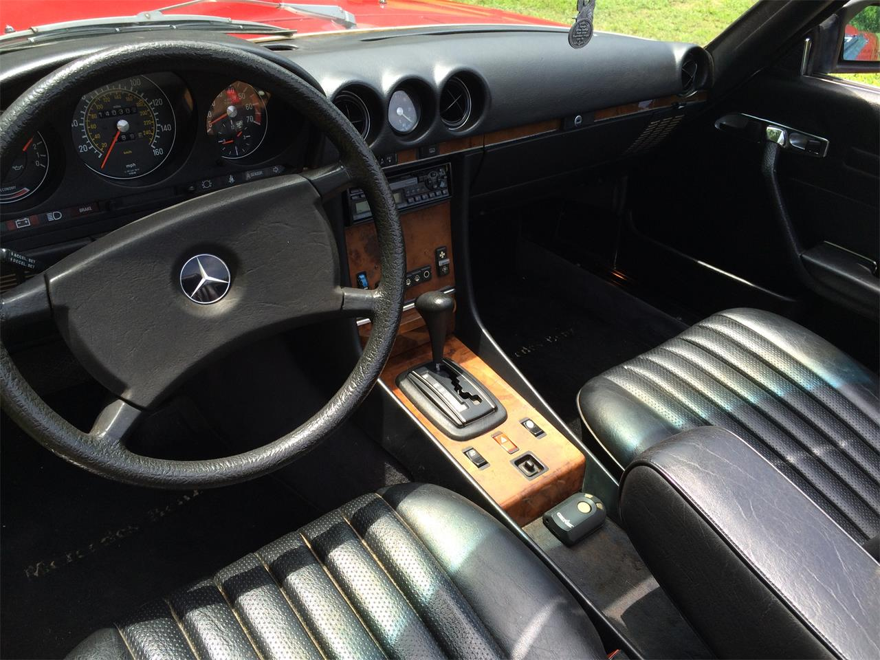 Large Picture of '84 Mercedes-Benz 380SL located in Newnan Georgia Offered by a Private Seller - FBQE